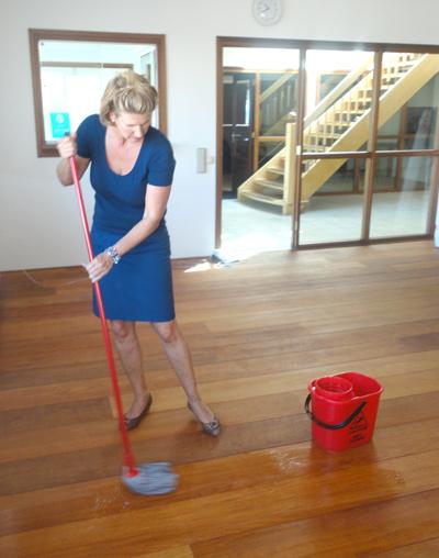 eiken vloer schoonmaken