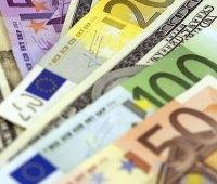 Курс валют: гривня немного снизилась к доллару