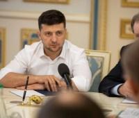 У Зеленского объяснили приезд олигарха Пинчука в АП