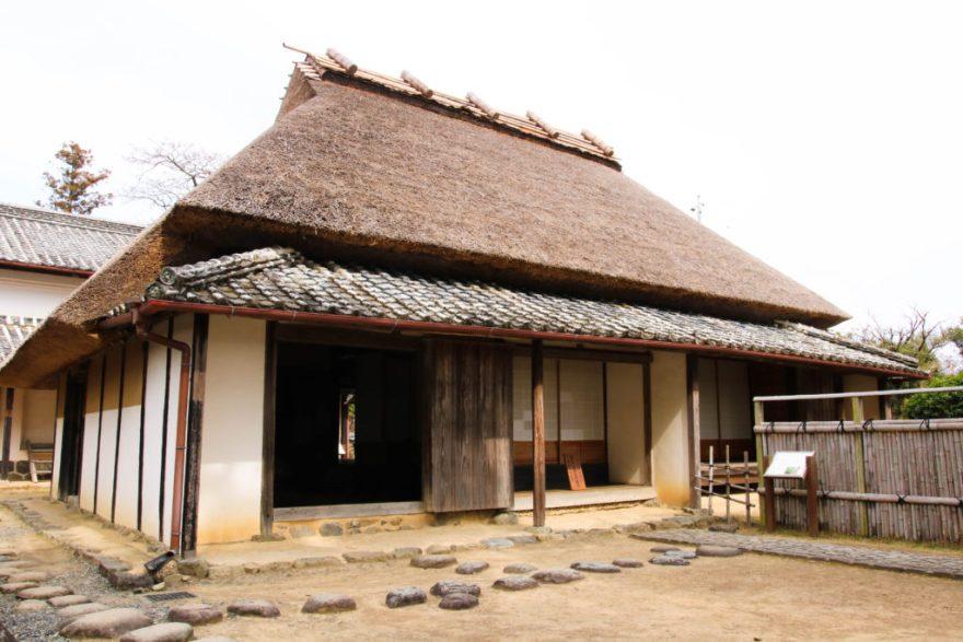 岩崎弥太郎生家|藁葺き屋根
