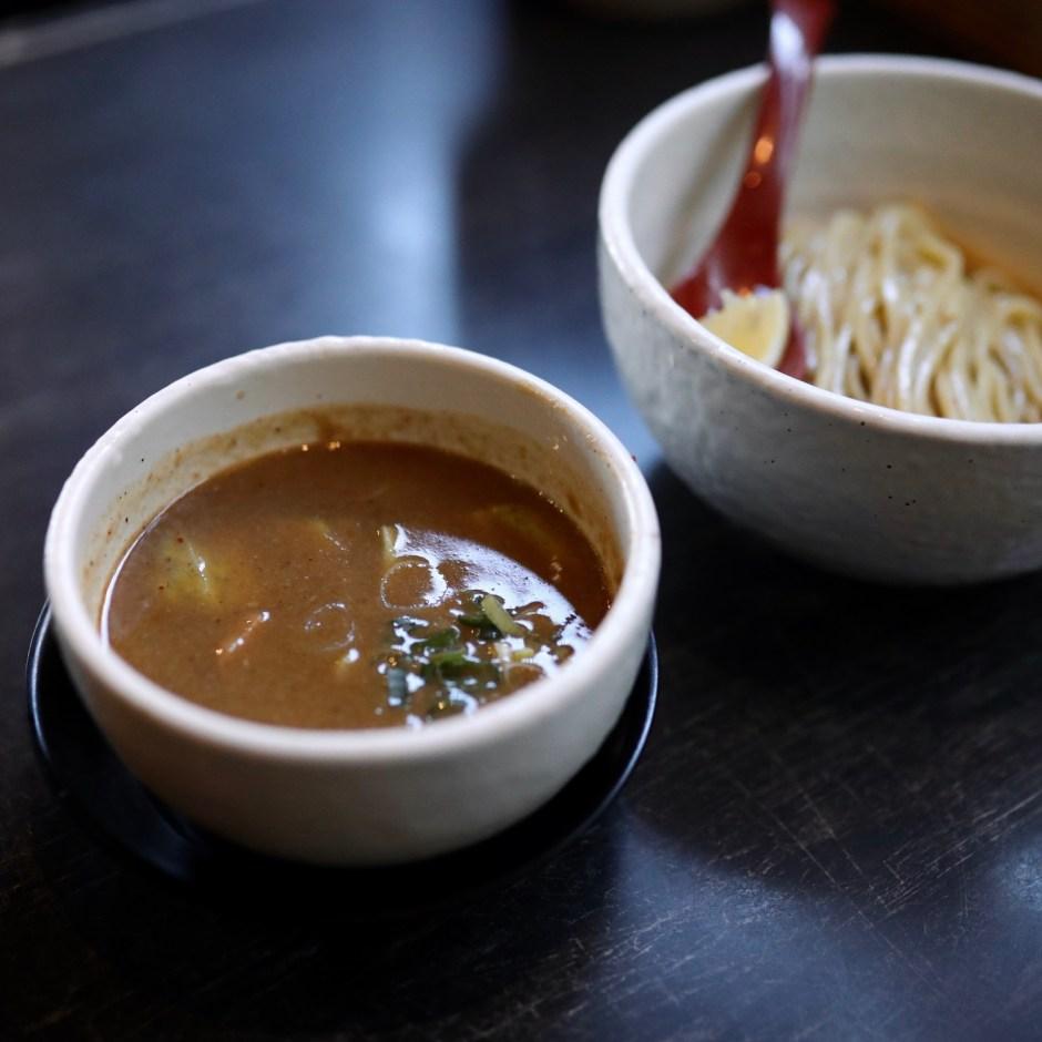 つけ麺屋 ちっちょ|高知市鴨部・つけ麺好きを魅了する麺処。