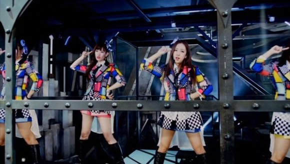 [2014.09.06] AKB48 Team Surprise - Mirai ga Me ni Shimiru (DVD) [480p]  - eimusics.com.mkv_snapshot_01.25_[2015.08.13_04.34.21]