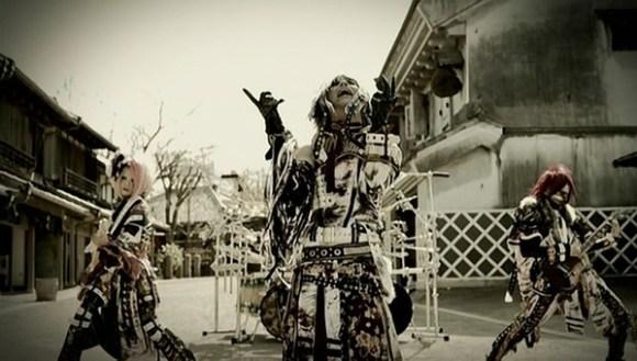 [2012.04.25] Kiryu - Shuka Ensen (DVD) [480p]   - eimusics.com.mkv_snapshot_03.12_[2015.12.22_15.23.37]