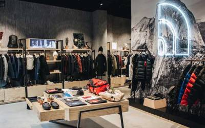 THE NORTH FACE® URBAN EXPLORATION STORE