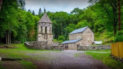الدير الاخضر