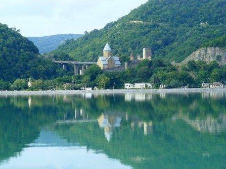 قلعة انانوري