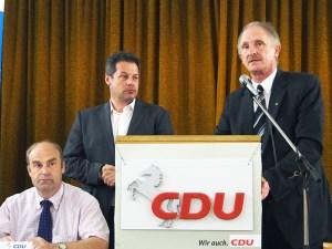 CDU-Männer (v.l.): Torsten Bauer (Bürgermeister Uslar), Gastgeber Dirk Ebrecht (Einbeck), Vorsiteznder Joachim Stünkel (Dassel).