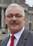 Dr. Wilhelm Priesmeier (SPD).