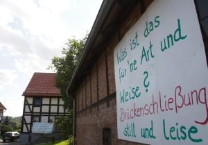 Protestplakat in Garlebsen. Archivfoto