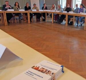 Runder Tisch Flüchtlinge: Sprachkurse sind wichtig.