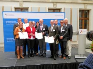 Aus Einbeck waren in Berlin Bürgermeisterin Dr. Sabine Michalek und Bauamtsleiter Frithjof Look dabei.