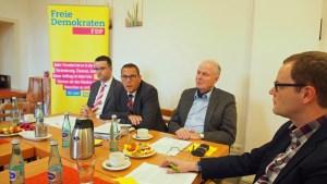Dr. Claudius Weisensee, Irnfried Rabe, Jörg Richert und Christian Grascha (v.r.) bei der Pressekonferenz heute.