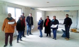 Im neuen Haus der Jugend (v.l.): Dr. Wolfgang Auer, Margrit Cludius-Brandt, Rolf Hojnatzki, Henrik Probst, Bettina Hillmer, Eunice Schenitzki, Gitta Kunzi. Foto: SPD