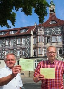 Zeigen die Gelbe Karte: Arnd Severidt (l.) und Thomas Eggers.