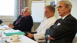 Unternehmer Michael Heraeus (r.) vertritt nach eigenen Angaben fünf von neun Gesellschaftern.