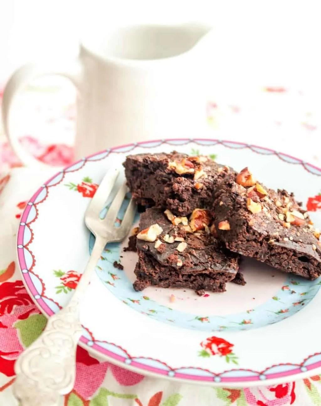 brownies mit schwarzen bohnen eine prise lecker. Black Bedroom Furniture Sets. Home Design Ideas
