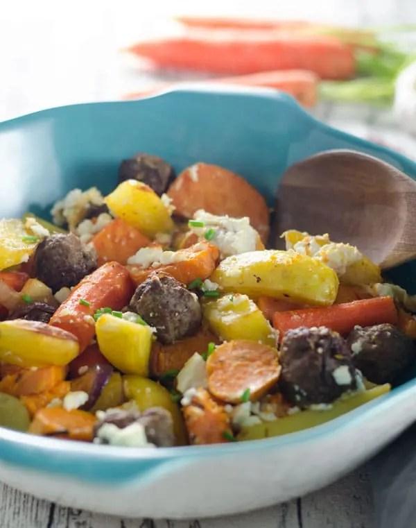 Ofengemüse mit Hackbällchen und Feta - Soulfood, Comfyfood, ovenvegetables with meatballs. Recipe also in english. www.einepriselecker.de