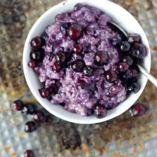 5 Minuten Blueberry-Muffin-Oatmealpudding