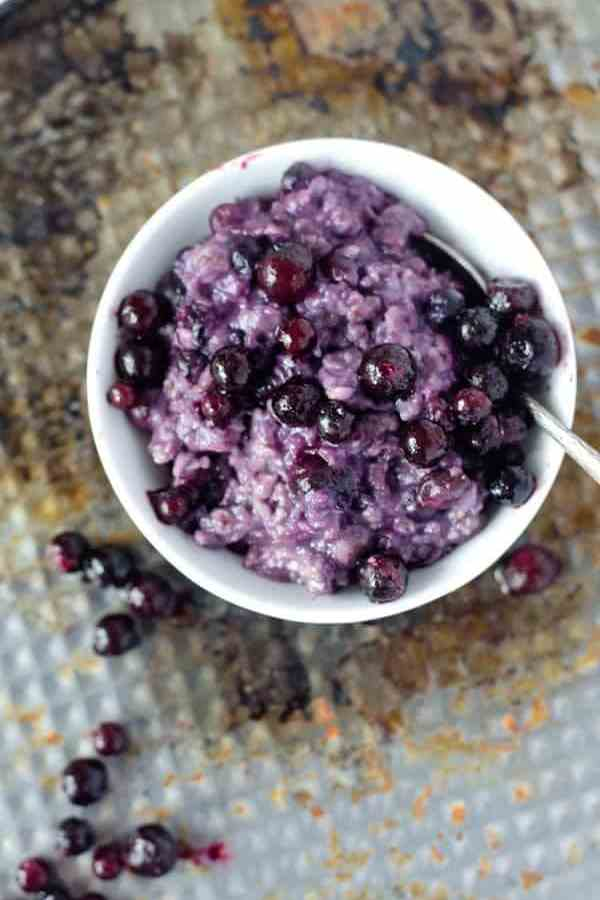 5 Minuten Blueberry-Muffin-Oatmealpudding