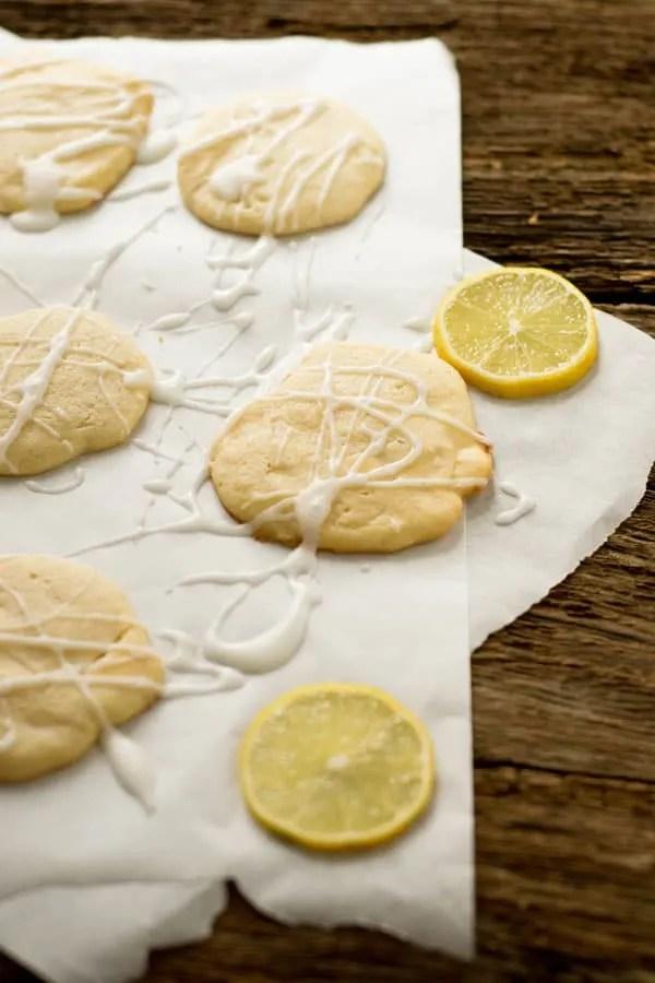 white chocolate lemon cookies gastbeitrag eine prise lecker. Black Bedroom Furniture Sets. Home Design Ideas