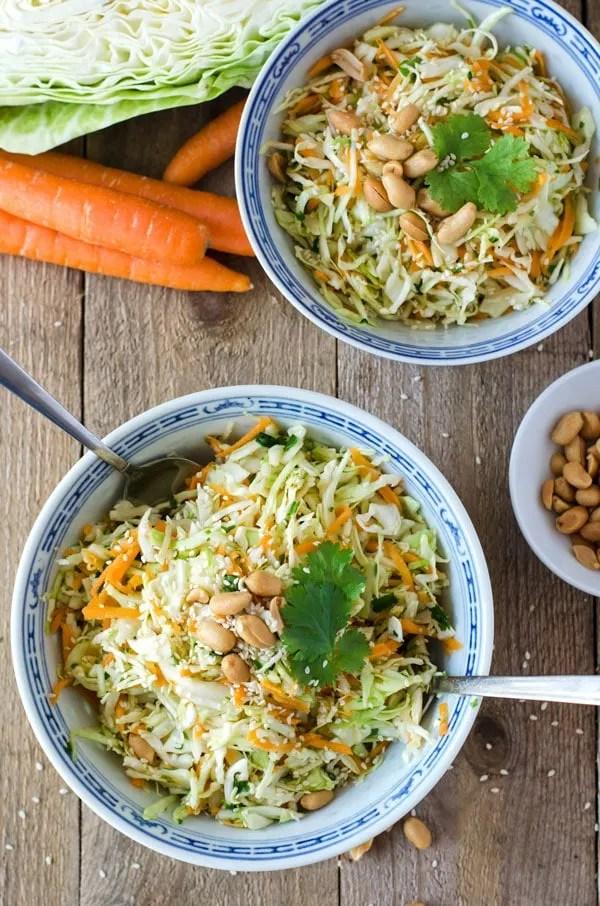 asiatischer krautsalat schnell und kalorienarm eine prise lecker. Black Bedroom Furniture Sets. Home Design Ideas