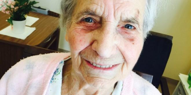 Eine 96-Jährige blickt zurück.