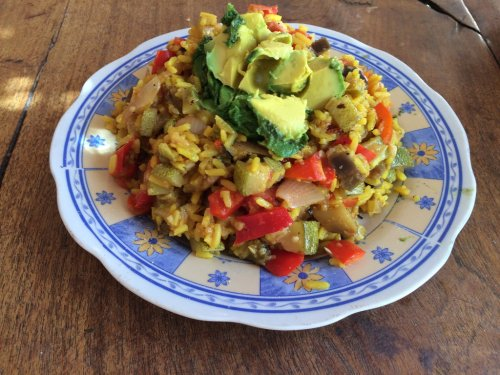 Ratatouille mit Reis und Avocado