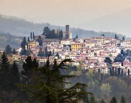 Wellness-Kurztrip mit Weinprobe in der Toskana fuer 2