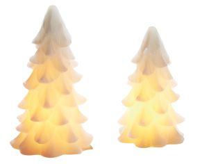 LED Tannenbäume aus Wachs in zwei unterschiedlichen Größen, sorgen für ein stimmungsvolles Licht mit Flackereffekt wie bei echten Kerzen. Nur für Indoor-Einsatz geeignet, Batterien: Batteriebetrieb mit 3 x 1,5 Micro AAA (exclusive), Maße: kleine Tanne 16,5 cm hoch, Ø 10,5 cm große Tanne 20 cm hoch, Ø11,5 cm, Gewicht: ca. 700 g, Material: Wachs, Kunststoff.<br>