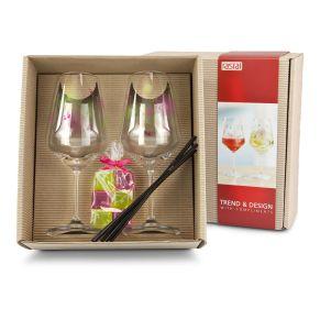 2 Gläsern, 6 Strohhalmen und den perfekt zum Glasdekor abgestimmten wiederverwendbaren Eiswürfeln. Verpackt ist es in einem naturfarbenen Präsentkarton mit Schmuckbanderole, Maße: L26,5 x B24 x H10 cm.<br>