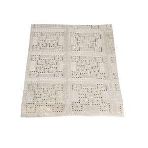 Edles Plaid in einer hochwertigen Baumwoll-Qualität. Eingearbeitete Pailletten, Maße: ca. 245 x 290 cm, Gewicht: ca. 5,3 kg, Material: 100% Baumwolle.<br>