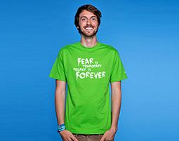 Dieses Shirt zieht Abenteuer magisch an!