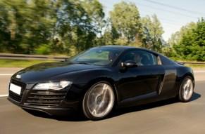 Mach im Audi R8 einen Abstecher in die Zukunft!