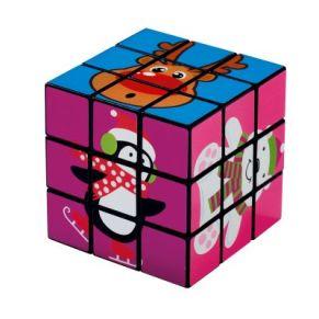 Zauberwürfel mit Weihnachtsmotiven. Ein beliebtes Geduldsspiel. Nicht geeignet für Kinder unter 3 Jahren. Ca. B5,5 x T5,5 x H5,5 cm, Gewicht: ca. 1,3 kg.