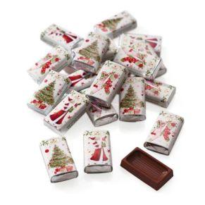 100 Schokoladentäfelchen aus Edelvollmilchschokolade. Kakaoanteil: 37% mind. , einzeln verpackt im nostalgischen Weihnachtswickler, je ca. 3g, Gewicht: ca. 0,3 kg. Zutaten: Edel-Vollmilchschokolade (Kakao 37% mind.): Zucker, Kakaobutter, VOLLMILCHPUL