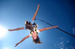 Bungee Jumping zu zweit und ihr seid der springende Punkt!