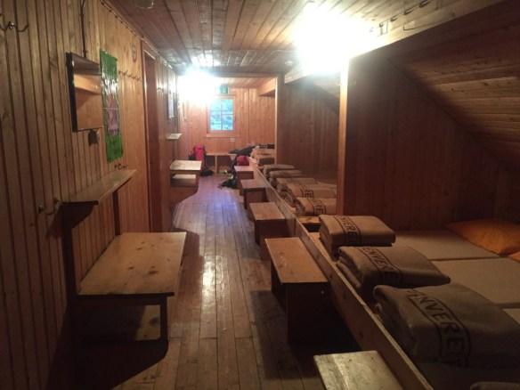 Matratzenlager auf der Neuen Fürther Hütte, www.einfachmalraus.net