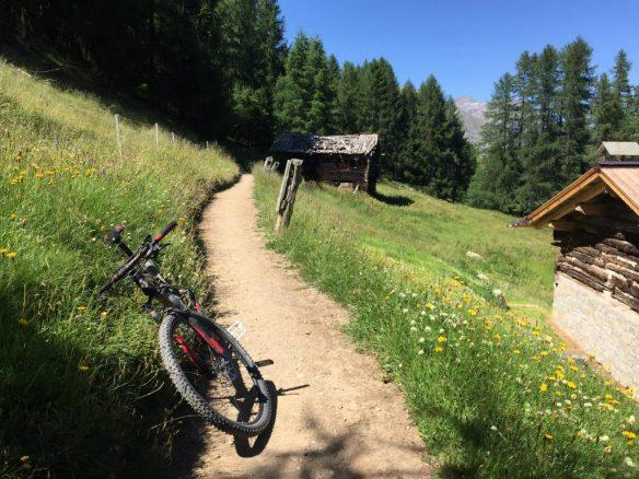 Mountainbiken in den Alpen, einfachmalraus.net