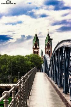 Wiwilíbrücke/Herz-Jesu-Kirche