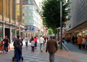 Fussgängerzone Einkaufstrolley Vergleich