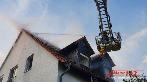 2021-06-18 21.09.39 thorsten_lüttringhaus_mainz112_mainz_hechtsheim_b2_dachstuhlbrand