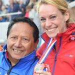 Julia Talakua en Coach Adrie Talakua NK atletiek