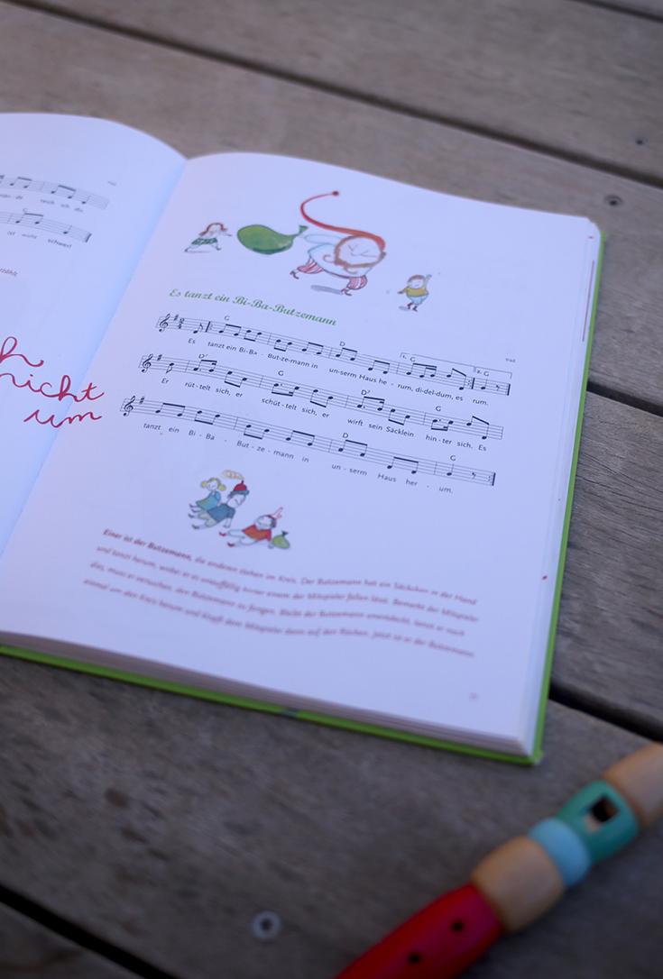 Kinderbuch, Kinderliederbuch, Klassiker und neue Lieder, Kindermusik, Bibabutzemann