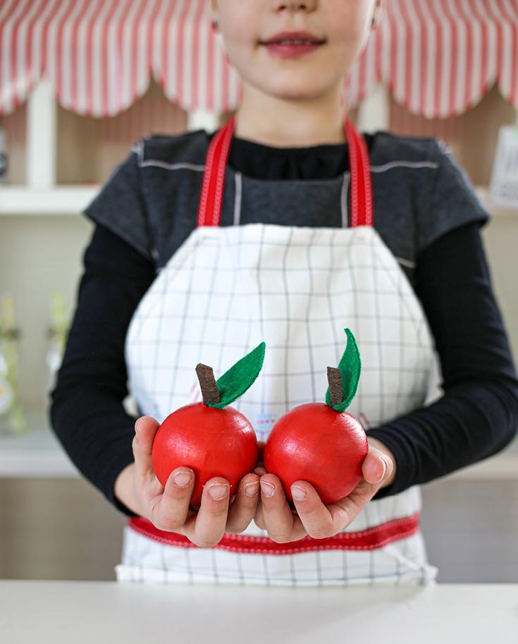 Holz-Äpfel DIY für Kinderküche oder Kaufladen