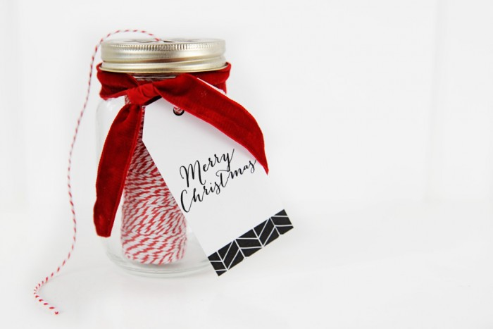 twine-in-a-christmas-jar-featured-1024x683
