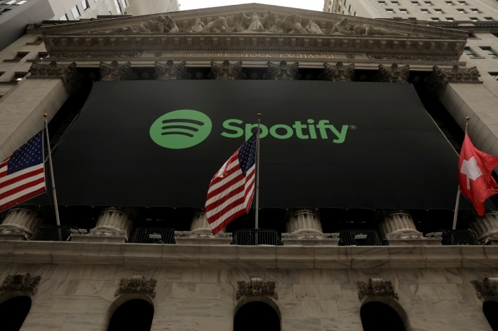 Spotify logo in front of Nyse (Photo: Lucas Jackson/Reuters)