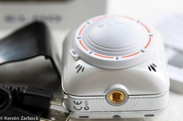 camera-0040