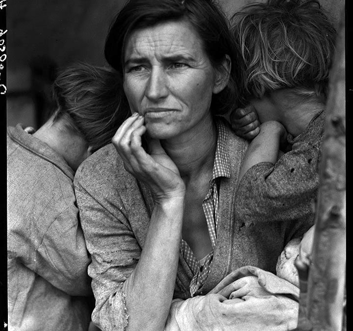 "Dorothea Lange ,the story behind her photograph ""Migrant Mother"""