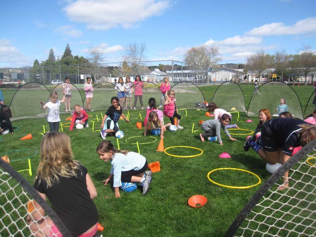 Eir Soccer Becca Todd kids practice IMG_8351
