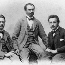 Einstein's Book Club